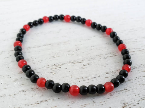 Black Obsidian and Ruby Red Stretchy Bracelet - 7 3/4 inches - University Of Louisville - Queen Bunnybee's Gifts