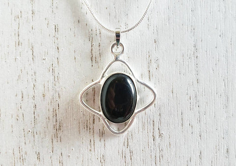 Black Onyx Pendant on a 925 Silver Necklace - Queen Bunnybee's Gifts
