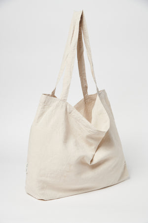 Neutral linen mom-bag