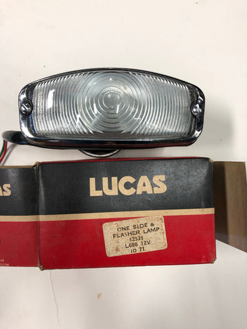 # 52535 NOS Lucas Front Turn Signal Assembly