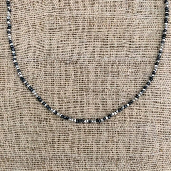 Anantara Tiny Beads Black and White Necklace