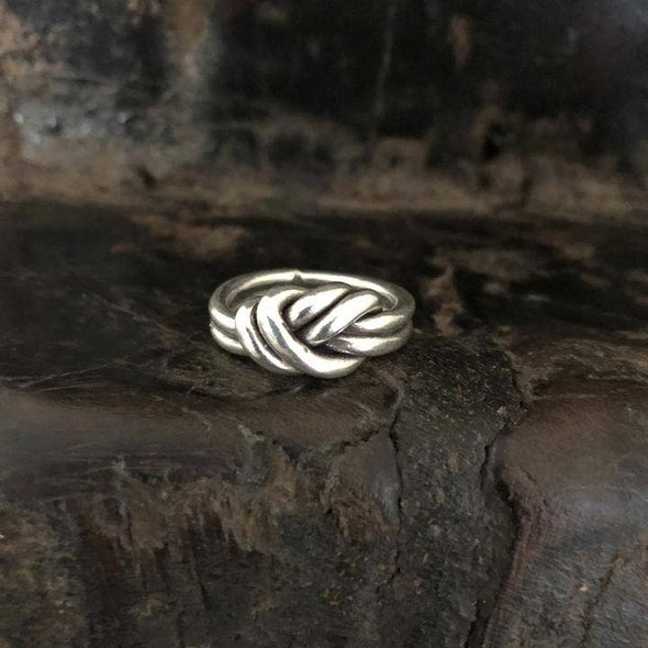 Anantara Double Knot Ring