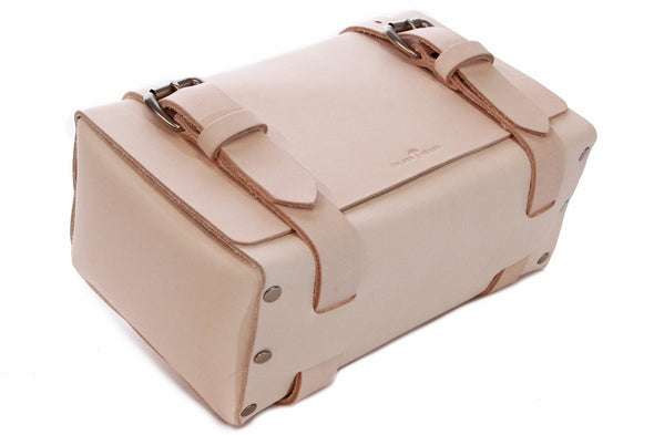 No. 215 Large Travel Case in Natural Tan