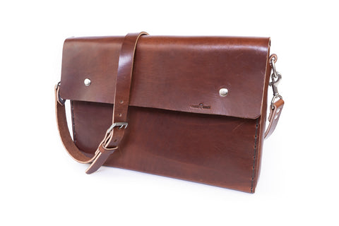 No. 4319 - Portfolio Bag in Havana Brown