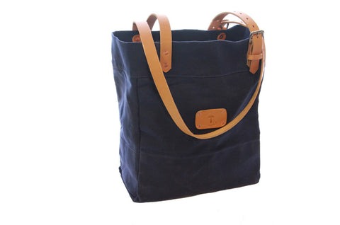 No. 814 - Canvas Tote in Blue