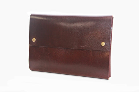No. 715 - Standard Portfolio Case in Relaxed Mahogany (Fits iPad Pro) LIMITED EDITION