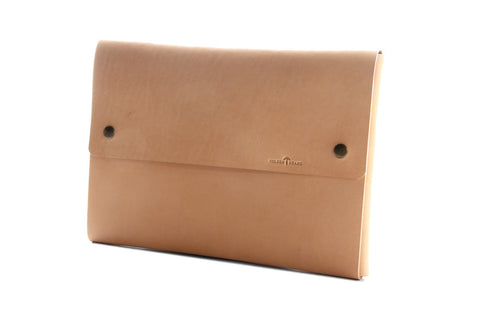 "No. 1214 - Standard Portfolio Case in Natural Tan (Fits 13"" MacBook Pro & iPad Pro)"