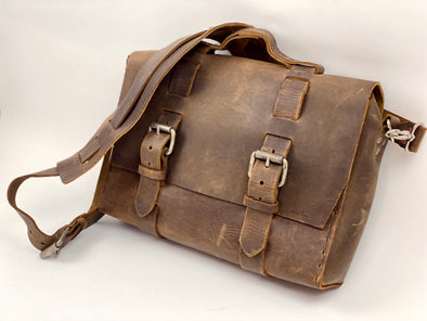 Seasoned No. 4313 - Minimalist Standard Leather Satchel in Crazy Horse with Rear Insert