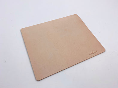 Summer SS 20 - No. 714 - Mouse Pad in Natural Tan