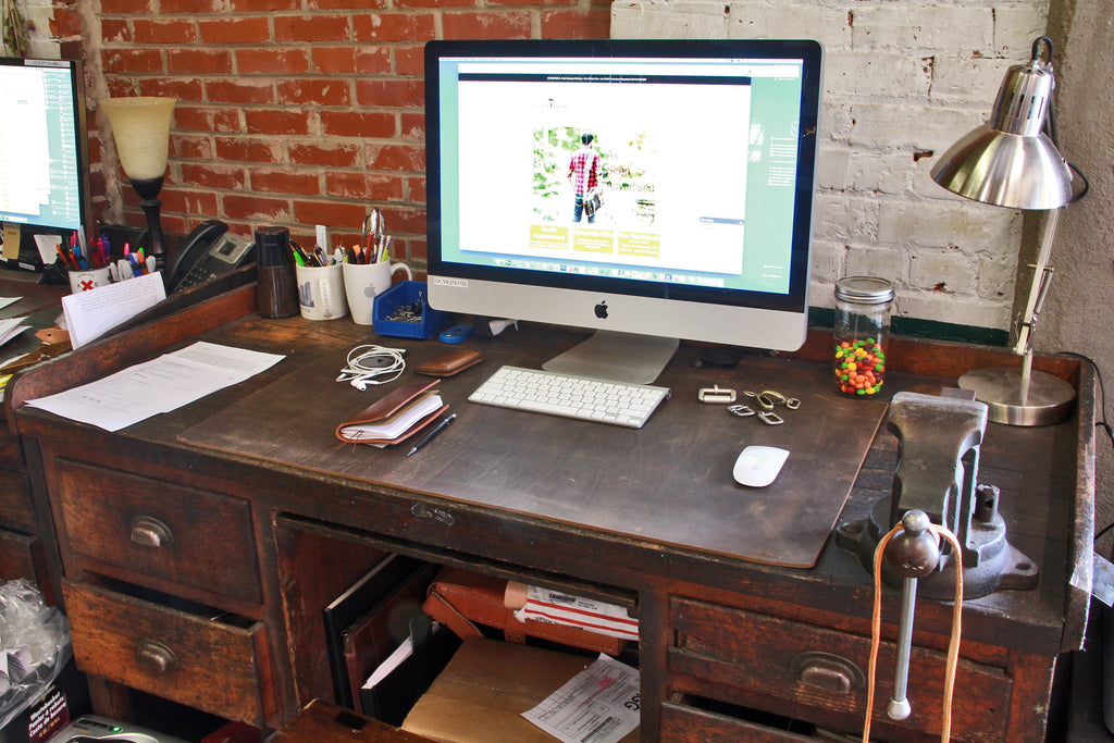 accessories barneys cuoio tabletop enrico new desk york product pdp blotter flexh leather arte