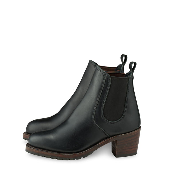 No. 3473 - Red Wing Heritage Harriet Heeled Boot in Black Boundary Leather