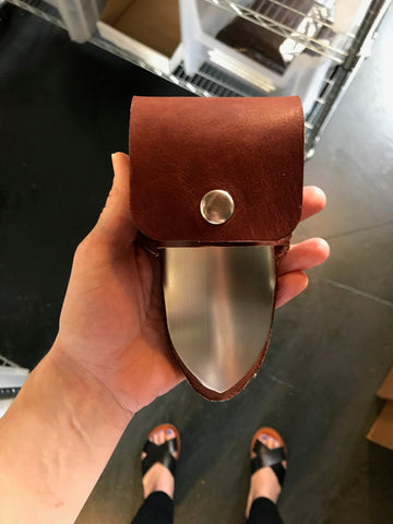 Trowel Cover w/ Snap Closure in Havana Brown