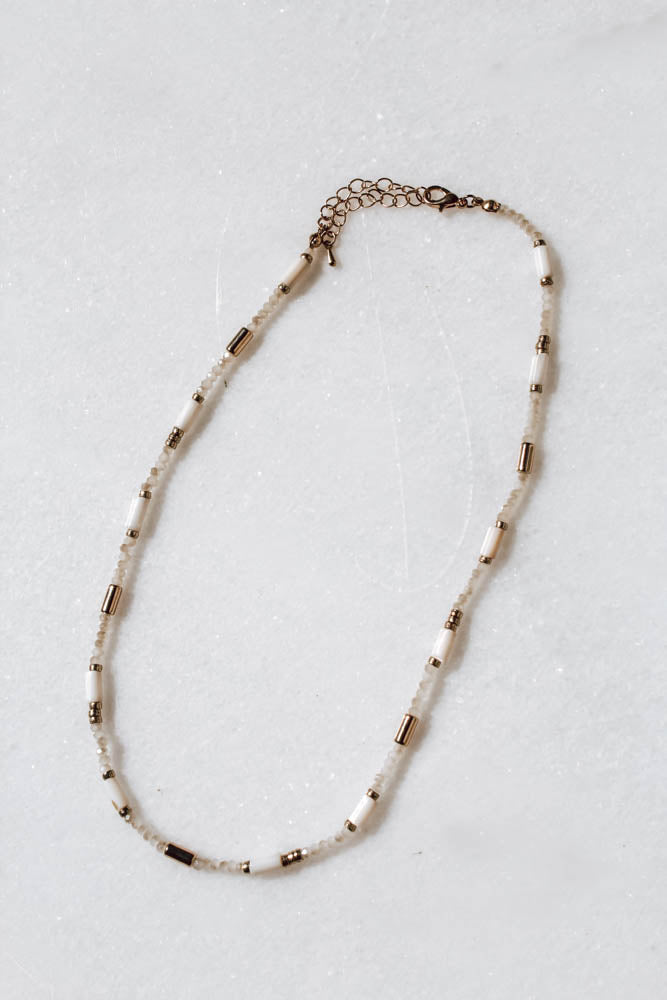 Everly Necklace (White)