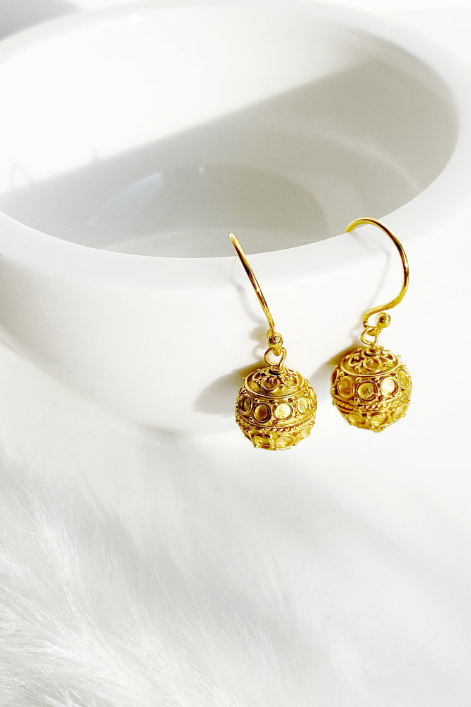 Circle Design Harmony Ball Earrings