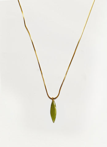Hoja Pendant Necklace