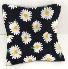 Load image into Gallery viewer, Bowl Cozies - Daisies