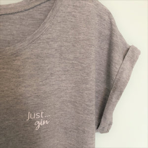 Just... gin - Women's T-Shirt with cool capped sleeves in GREY