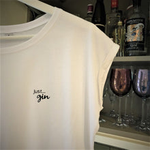 Load image into Gallery viewer, Just... gin -  Women's T-Shirt with cool capped sleeves in BLACK