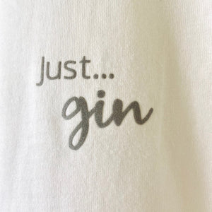 Just... gin - Women's T-Shirt classic slimmer fit WHITE (organic)