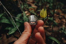 Load image into Gallery viewer, Trout Lily Ring Size 6.25