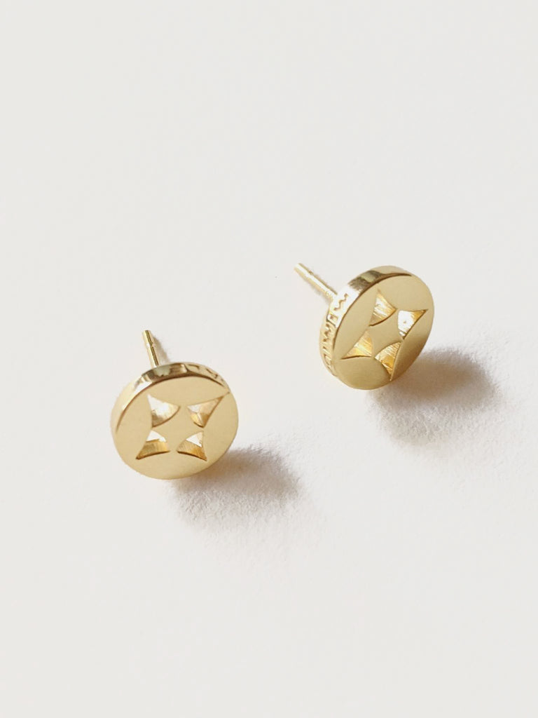 Shippou Gold Stud Earrings