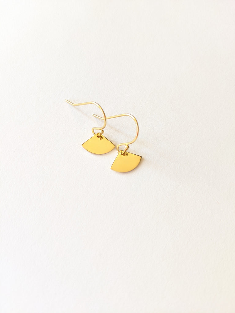 Mini Gold Sensu Earrings