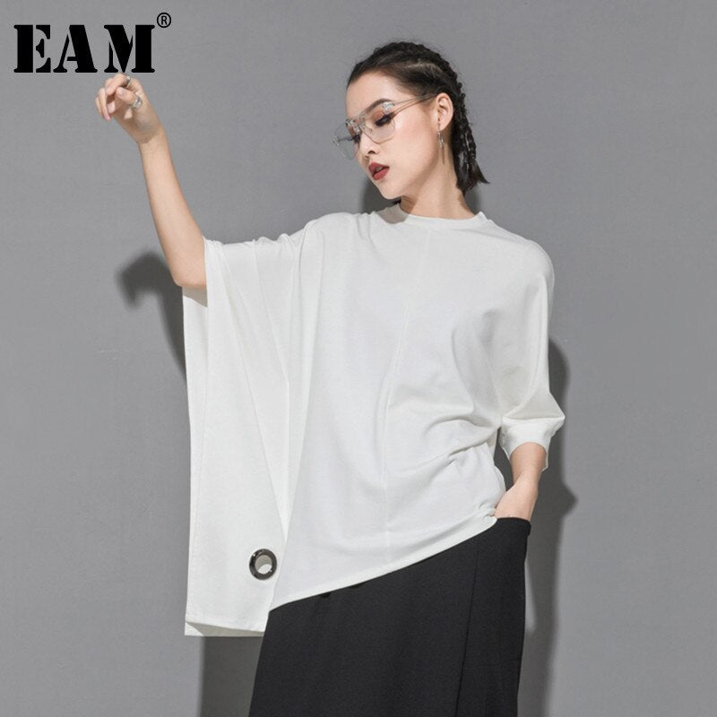 [EAM] 2020 New Spring Summer Round Neck Half Batwing Sleeve Black Loose Hollow Out Big Size T-shirt Women Fashion Tide JT152