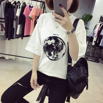 2019 Summer White T-shirt Female Top New Personality Planet Moon Printed Loose T Shirts Women Slim Leisure Short Sleeve