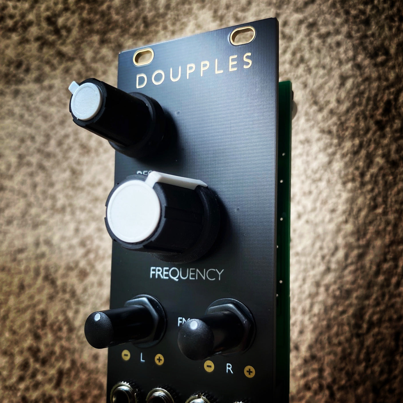 Doupples - stereo multimode filter based on Ripples - black