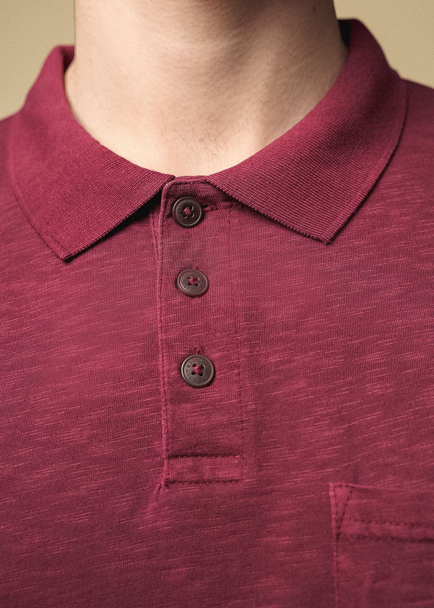 tall_mens_slub_pocket_polo_vintage_sumacred-collar