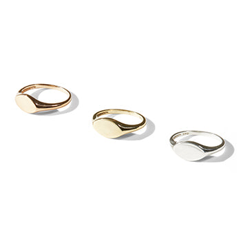 Small Oval Signet Ring | SMITH Jewellery
