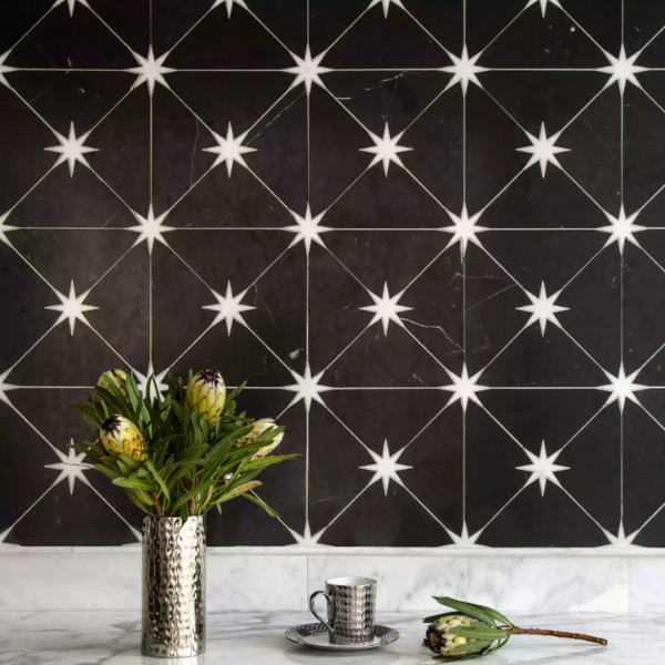 Celestial-inspired lighting backsplash
