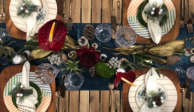 THE RUSTIC HOLIDAY TABLE