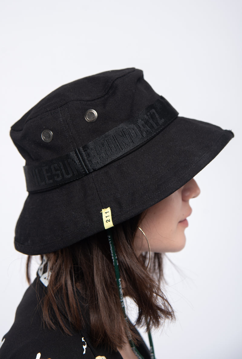 Explorer bucket hat+album Taille M