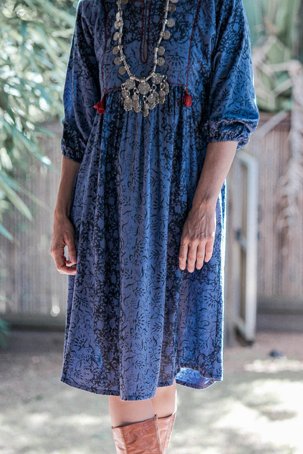 Enat Dress – Floral Net Print Indigo