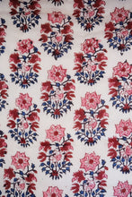 Load image into Gallery viewer, Russin Paisley Ink - Twin 70 x 108 - 100% cotton, reversible quilt.