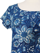Load image into Gallery viewer, Short sleeved summer top - Versielles Indigo - Anokhi
