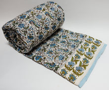 Load image into Gallery viewer, Cotton printed twin size quilt  70 x 108 - 100% cotton, reversible quilt.
