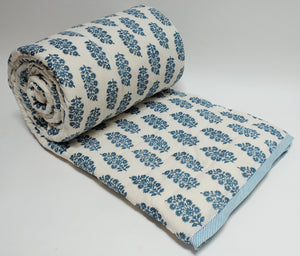 Cotton printed twin size quilt  70 x 108 - 100% cotton, reversible quilt. - Anokhi