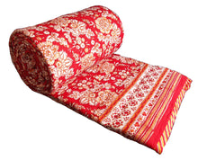 Load image into Gallery viewer, Red saflower Quilt - Queen 90 x 108 - 100% cotton, reversible. - Anokhi