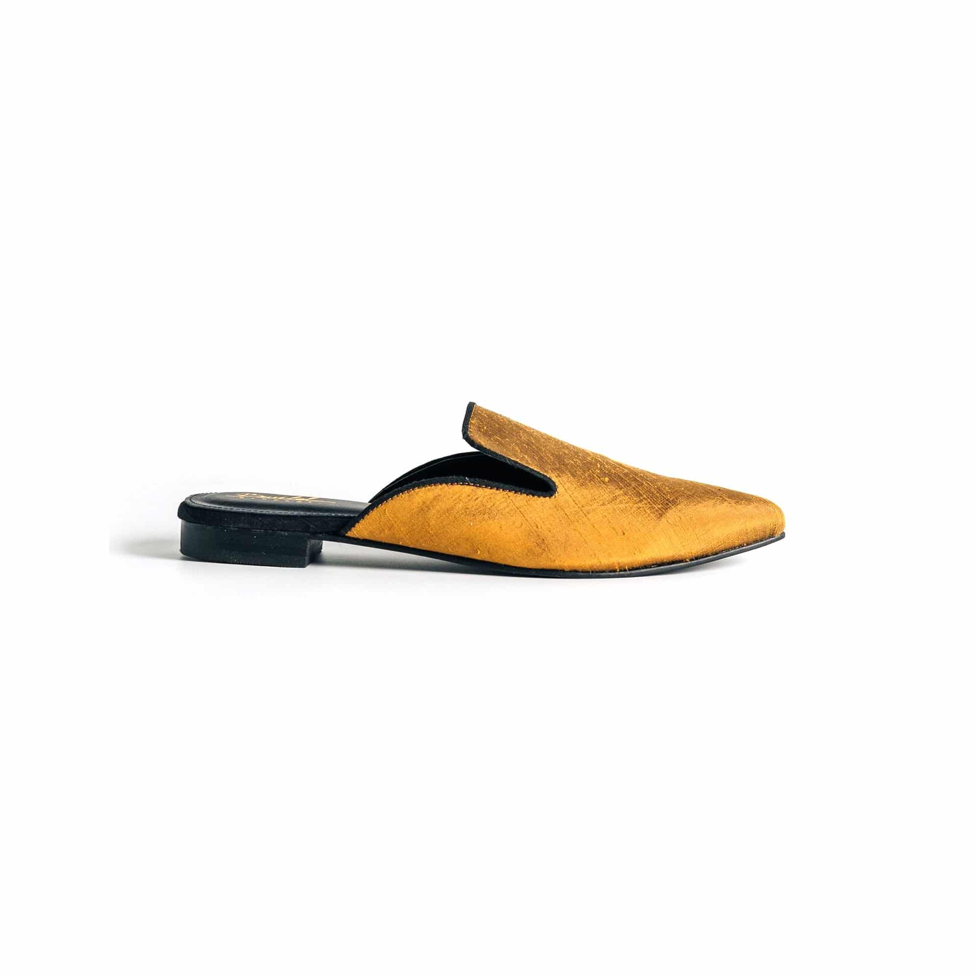 Wild in the city Mule Slippers - Amber/Black - BWILD byHeart