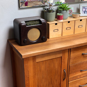 Bush DAC90 Bakelite radio - converted to Bluetooth Speaker