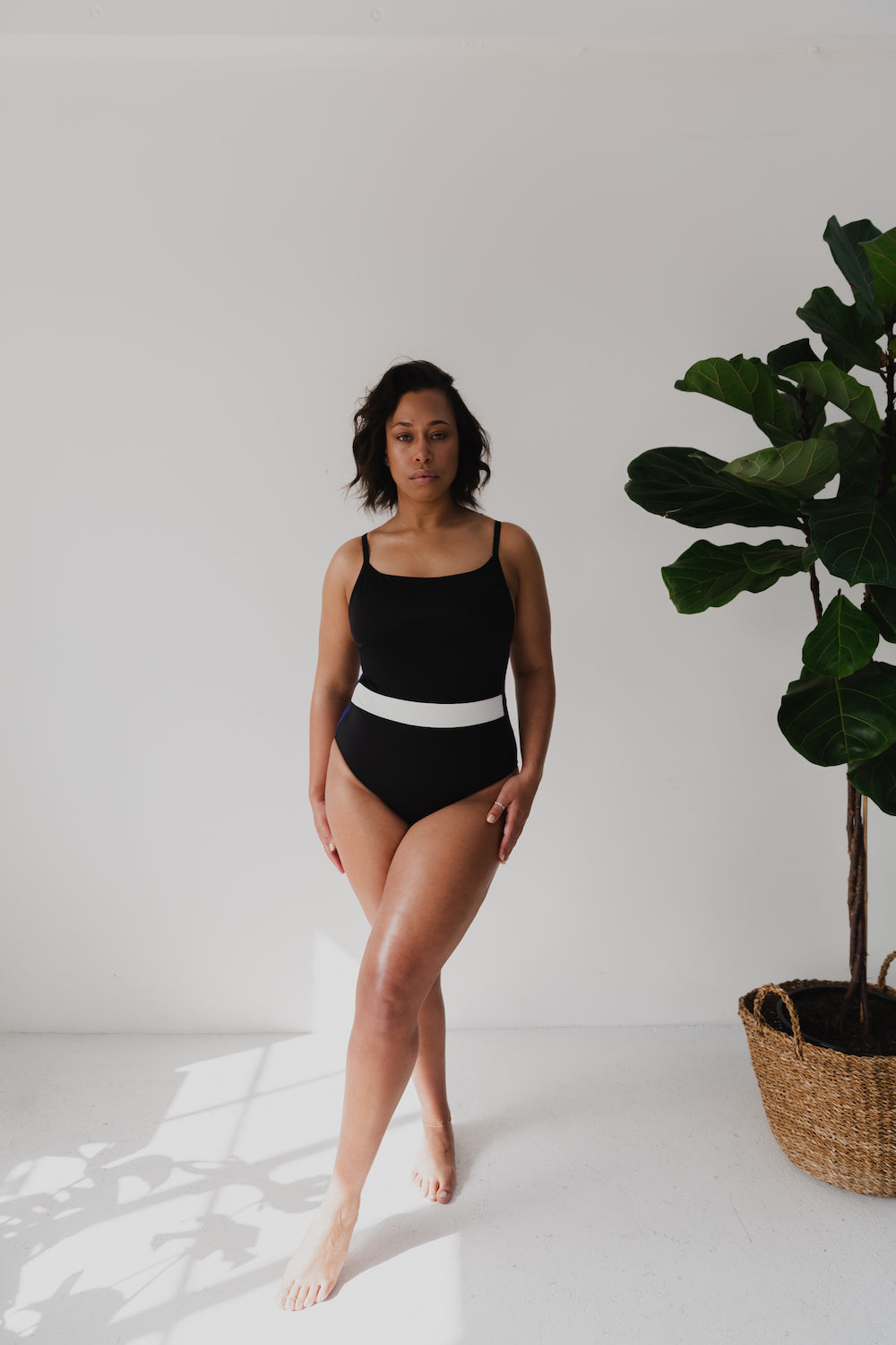 The Lunar One Piece - Black/Navy
