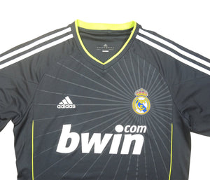 Real Madrid 2010-11 Away Shirt (Excellent) M
