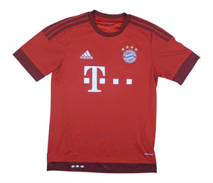 Bayern Munich 2015-16 Home Shirt (Fair) S