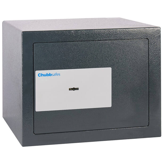 Chubbsafes AlphaPlus 15 Key Locking Safe Closed door