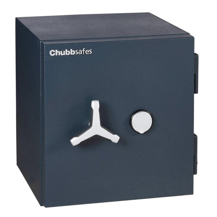 Chubbsafes Duoguard Grade 1 60K Key locking safe with door closed