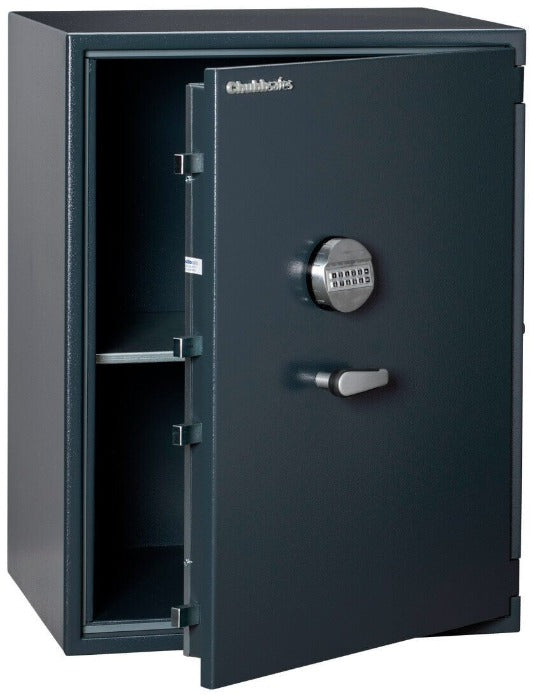 Chubbsafes Senator Grade 1 M4 200E Electronic Locking Safe with door slightly open