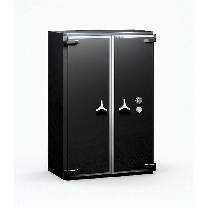 Chubbsafes Trident Grade 6 910 Key Locking Safe with both doors closed