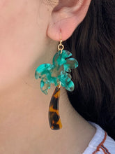 Load image into Gallery viewer, Bahama Palm Tree Earring